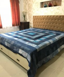 Checkered Bed Cover